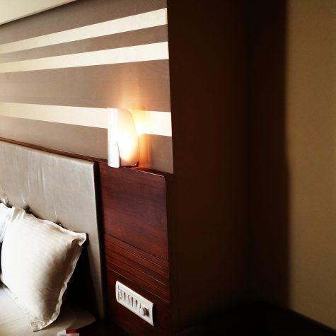 bed-bedroom-brown-172870